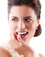 get white teeth with teeth bleaching and Zoom whitening in San Francisco